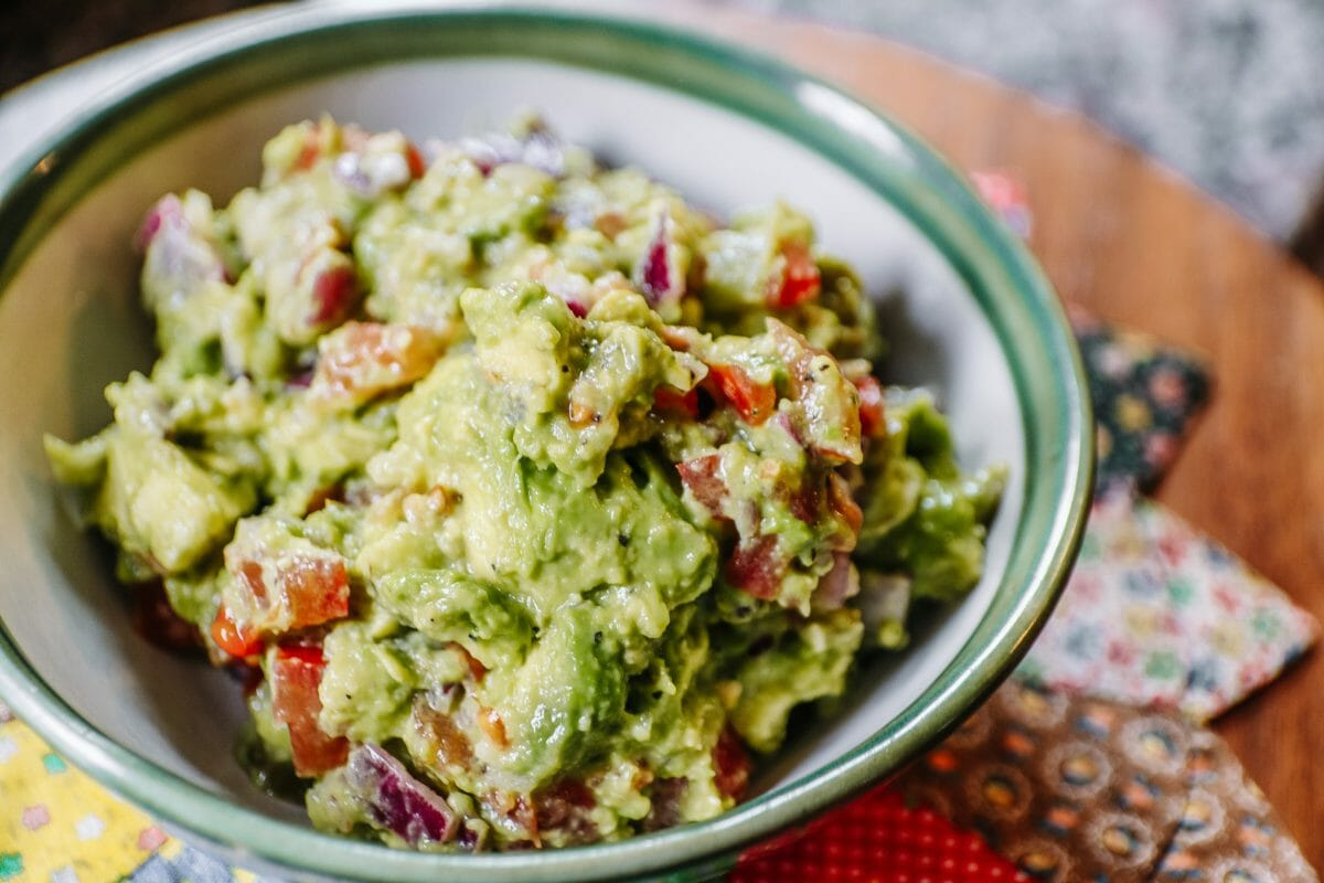 The Best Chunky Guacamole Recipe by JC Phelps of JCP Eats, A Kentucky-Based Food Blog 2