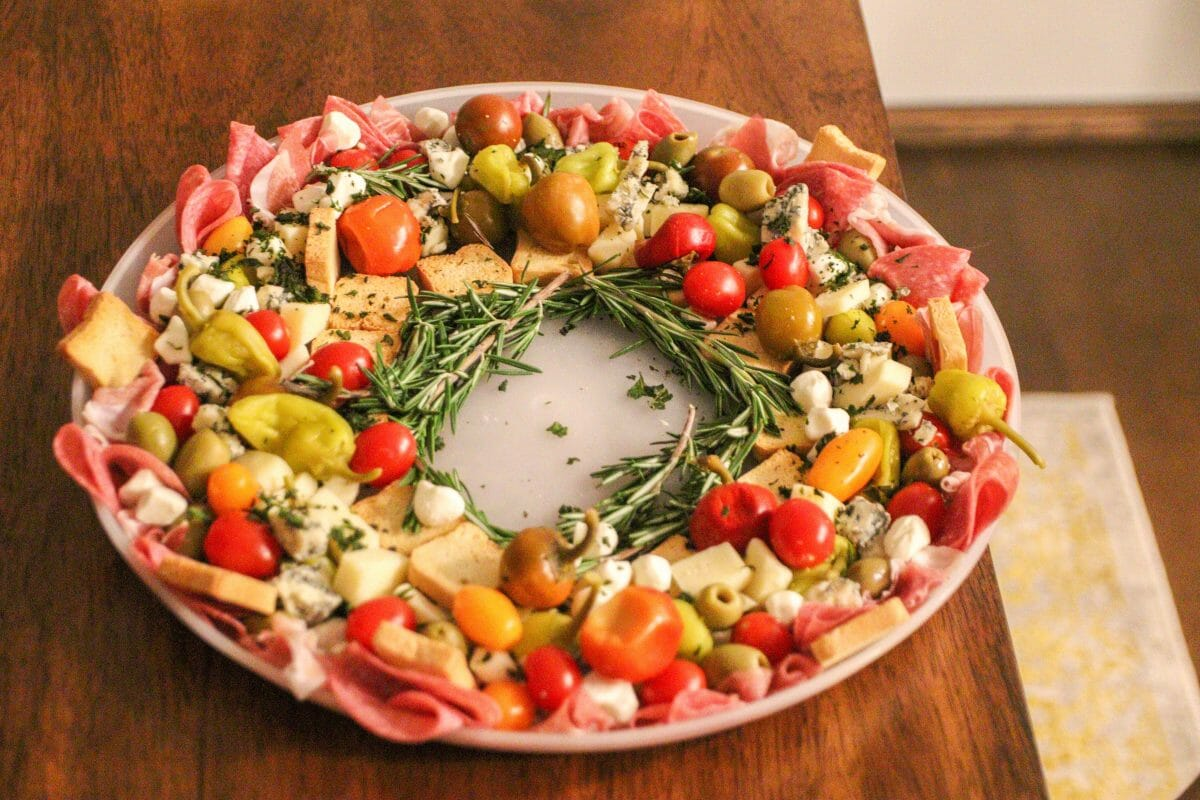 How To Make A Charcuterie Wreath