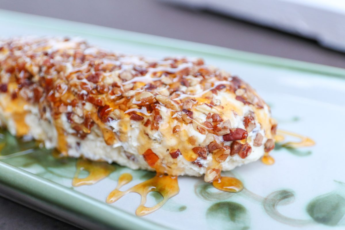 Pecan Bleu Cheese Log
